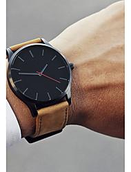 Недорогие -Муж. Нарядные часы Наручные часы Кварцевый 30 m Новый дизайн Повседневные часы Cool Кожа Группа Аналоговый На каждый день Мода Черный / Коричневый - Кофейный Черный / Белый Белый / Бежевый / Один год