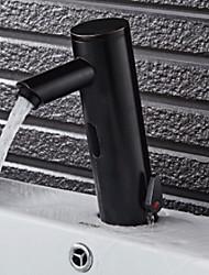 Недорогие -Ванная раковина кран - Широко распространенный / Датчик Матовый / черный Свободно стоящий Руки свободно одно отверстиеBath Taps