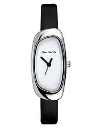 baratos -Mulheres Relógio Elegante Relógio de Pulso Quartzo Preta / Branco / Azul Novo Design Relógio Casual Analógico Fashion Minimalista - Marron Rosa claro Azul Claro Um ano Ciclo de Vida da Bateria