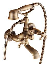 Недорогие -Смеситель для ванны - Традиционный Старая латунь Ванна и душ Керамический клапан