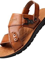 Недорогие -Муж. Комфортная обувь Кожа Лето Классика / На каждый день Сандалии Дышащий Черный / Коричневый
