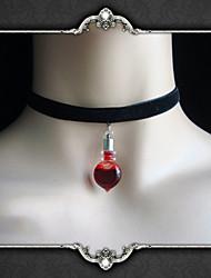 Недорогие -Vampire Dracula Муж. и жен. Камни Готика Heart Shape Ожерелья с подвесками Rosario and Vampire Назначение Для вечеринок Маскарад 1 ожерелье Подвеска 1PC Бижутерия