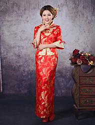 billige -Voksne Dame Designet i Kina Kinesisk Stil Wasp-innsnevrede Cheongsam Til Ytelse Forlovelsesfest Utdrikningslag Polyester Lang Lengde Cheongsam