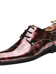 Недорогие -Муж. Комфортная обувь Лакированная кожа Весна лето На каждый день Туфли на шнуровке Нескользкий Контрастных цветов Черный / Красный / Зеленый