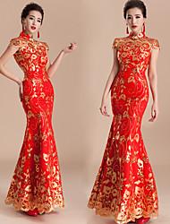 billige -Voksne Dame Designet i Kina Kinesisk Stil Wasp-innsnevrede Cheongsam Til Ytelse Forlovelsesfest Utdrikningslag Akryl Fiber Lang Lengde Cheongsam