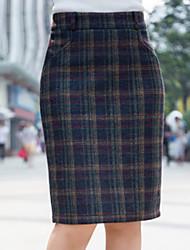 Недорогие -женские юбки-карандаш до колен - плед