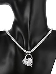 Недорогие -Жен. Ожерелья с подвесками Сердце Любовь дешево Полое сердце Дамы Свадьба Итальянский Каждый день Стерлинговое серебро Серебряный Ожерелье Бижутерия 1шт Назначение