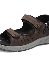 cheap -Men's Comfort Shoes Cowhide Spring & Summer Classic / Casual Sandals Non-slipping Black / Coffee