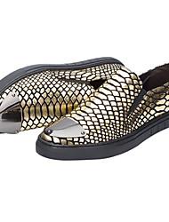 baratos -Homens Sapatos Confortáveis Pele Verão Mocassins e Slip-Ons Dourado / Preto / Prata