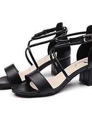 ราคาถูก -สำหรับผู้หญิง PU ฤดูร้อน รองเท้าแตะ ส้นหนา สีดำ