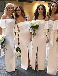 preiswerte -Schulterfrei Boden-Länge Chiffon Brautjungfernkleid mit Vorne geschlitzt / Rüschen durch JUDY&JULIA