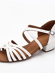baratos -Mulheres Sapatos de Dança Latina Cetim Salto Salto Grosso Sapatos de Dança Branco / Marron