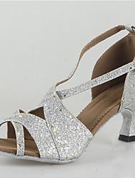 Недорогие -Жен. Танцевальная обувь Кожа Обувь для латины На каблуках Кубинский каблук Черный / Белый / Золотой / Выступление