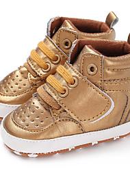 ราคาถูก -เด็กผู้ชาย / เด็กผู้หญิง PU บูท ทารก (0-9m) / เด็กวัยหัดเดิน (9m-4ys) สำหรับการเดินครั้งแรก สีทอง / ขาว / สีดำ ตก / ฤดูหนาว