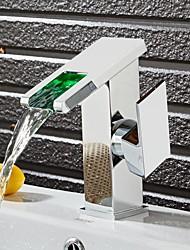 Недорогие -Ванная раковина кран - Водопад Электропокрытие Свободно стоящий Одной ручкой одно отверстиеBath Taps