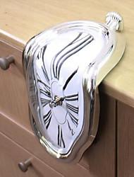 Недорогие -популярная личность плавления часы творческий рабочий стол плавления настенные часы арт станция под прямым углом часы домашнего декора рождественские подарки