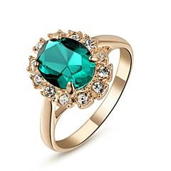 Femme Bagues Affirmées Imitation Emeraude Classique bijoux de fantaisie Cristal Plaqué or Imitation Diamant Bijoux Pour Mariage Soirée