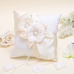 Flowered Ring Pillow with Pearls The Wedding Store Wedding Theme