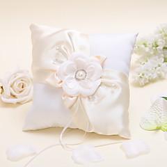 travesseiro anel florido com pérolas