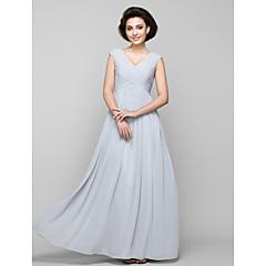 d8532b069f A-vonalú V-alakú Földig érő Sifon Örömanya ruha val vel Gyöngydíszítés /  Cakkos által LAN TING BRIDE®