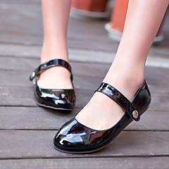お買い得  只今入荷 ハイクォリティー レディースシューズ-女性用 靴 レザーレット 春 夏 ローヒール のために オフィス&キャリア アウトドア ブラック レッド グリーン アーモンド