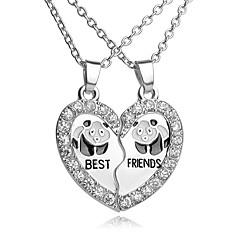 Erkek Kadın Uçlu Kolyeler Heart Shape Geometric Shape Yapay Elmas Gümüş Kaplama alaşım Aşk Kalp Moda ilk Takı Avrupa Mücevher Uyumluluk