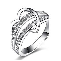 billige Motering-Dame Kubisk Zirkonium Band Ring Ring Forlovelsesring - Sølv, Zirkonium Hjerte Klassisk, Vintage, Euro-Amerikansk 6 / 7 / 8 / 9 / 10 Sølv Til Julegaver Bryllup Fest
