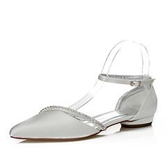 baratos Sapatos de Casamento-Mulheres Sapatos Seda Primavera / Outono Conforto / Sapatos Dyeable Sapatos De Casamento Salto Baixo Dedo Apontado Corrente Ivory