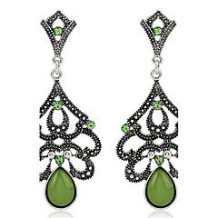 Žene Sitne naušnice Umjetno drago kamenje Personalized Vintage Moda Ogroman Legura Geometric Shape Ispustiti Jewelry Stage Formalan Spoj