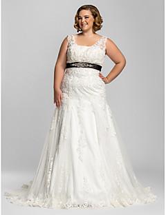 billiga Plusstorlek brudklänningar-Trumpet / sjöjungfru V-hals Hovsläp Spets Bröllopsklänningar tillverkade med Rosett / Bård / Applikationsbroderi av LAN TING BRIDE® / Brudklänning i färg
