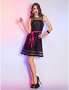 billige Paljettkjoler-A-linje Illusjon Hals Kort / mini Organza / Paljetter Liten svart kjole Cocktailfest Kjole med av TS Couture®