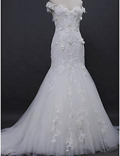 billiga Trumpet-/sjöjungfrubrudklänningar-Trumpet / sjöjungfru Off shoulder Hovsläp Spets / Tyll Bröllopsklänningar tillverkade med Applikationsbroderi / Knapp av / Genomskinliga