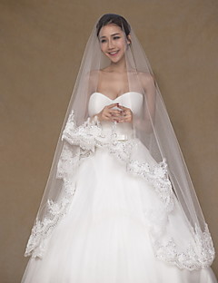 One-tier Lace Applique Edge Wedding Veil Chapel Veils With Applique Sequin Embroidery Lace Tulle