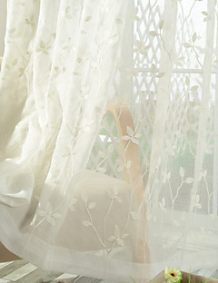 billige Gjennomsiktige gardiner-Stanglomme Propp Topp Fane Top Dobbelt Plissert Blyant Plissert To paneler Window Treatment Land, Broderi Spisestue Poly/ Bomull Blanding