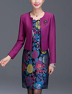 Χαμηλού Κόστους Long Sleeve Dresses-Γυναικεία Μεγάλα Μεγέθη Εξόδου Εφαρμοστό Φόρεμα - Ζακάρ Πάνω από το Γόνατο / Λεπτό