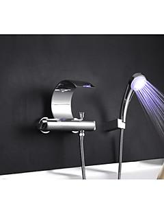 tanie Wodospad-Bateria Wannowa - Wodospad Zawiera prysznic ręczny Wyciągana Wylewka Chrom Wanna i prysznic Dwa Otwory Pojedynczy Uchwyt Dwa Otwory