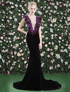 cheap Special Occasion Dresses-Mermaid / Trumpet Jewel Neck Court Train Lace Satin Tulle Velvet Formal Evening Dress with Beading Feathers / Fur Lace by LAN TING Express