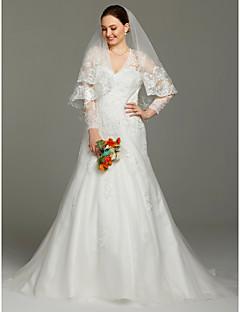 billiga Plusstorlek brudklänningar-A-linje V-hals Hovsläp Spets / Satäng / Tyll Bröllopsklänningar tillverkade med Applikationsbroderi av LAN TING BRIDE® / Illusion
