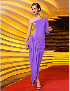 billiga Kändisklänningar-Åtsmitande Enaxlad Asymmetrisk Jersey Bal / Formell kväll Klänning med Applikationsbroderi / Sidodraperad av TS Couture®