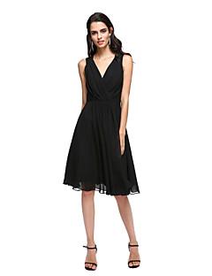 A-라인 V-넥 무릎 길이 쉬폰 칵테일 파티 홈 커밍 프롬 드레스 와 아플리케 크리스 크로스 으로 TS Couture®