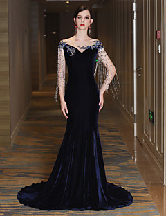 cheap Special Occasion Dresses-Mermaid / Trumpet Bateau Neck Court Train Satin Tulle Velvet Formal Evening Dress with Beading Bandage Tassel by LAN TING Express