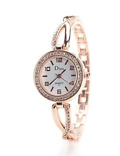 בגדי ריקוד נשים שעוני שמלה שעוני אופנה שעון יד יהלוםSimulated שעון Chinese קווארץ חיקוי יהלום סגסוגת להקה וינטאג' מזל יום יומי אלגנטי כסף