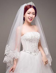 One-tier Lace Applique Edge Wedding Veil Elbow Veils With Applique Tulle