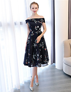 cheap Special Occasion Dresses-A-Line Off Shoulder Knee Length Lace Satin Chiffon Cocktail Party / Prom Dress with Embroidery by LAN TING Express