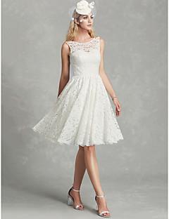 billiga Brudklänningar-A-linje Scoop Neck Knälång Spets Bröllopsklänningar tillverkade med Spets av LAN TING BRIDE® / Vacker i svart