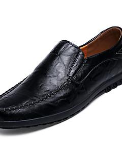 baratos -Homens Sapatos Confortáveis Couro Ecológico Outono Casual Mocassins e Slip-Ons Não escorregar Preto / Amarelo / Marron