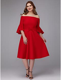 billige Kjoler i plusstørrelse-A-linje Løse skuldre Knelang Elastisk sateng Cocktailfest Kjole med Belte / bånd av TS Couture®