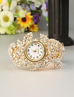 billige Armbåndsure-FEIS Dame Armbåndsur Quartz Kronograf Legering Bånd Analog-digital Mode Guld - Gyldent
