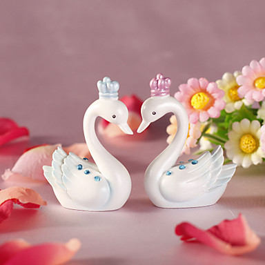 Lovely Swan With Crown (Set of 2)