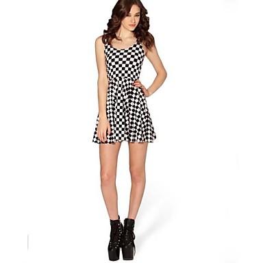 Γύρω από το περιλαίμιο γυναικών μαύρο και άσπρο Σκάκι Pattern Εκτύπωση  ΑΜΑΝΙΚΟ φόρεμα 98c51b92d62